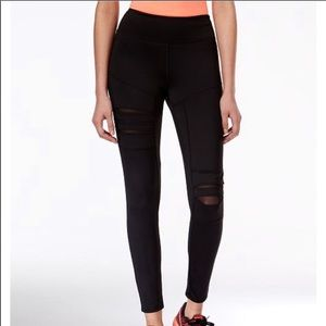 Jessica Simpson warmup mesh leggings sz M